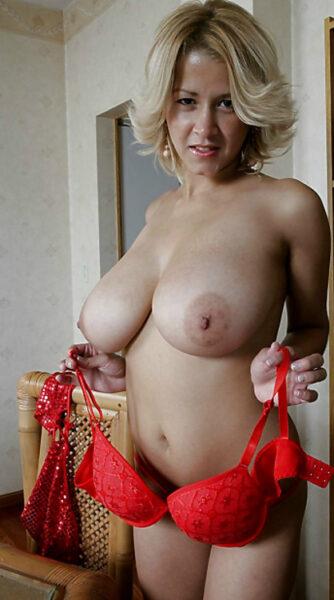 rencontre sexe avec Alyssia, amatrice chaude a Maisons-Alfort