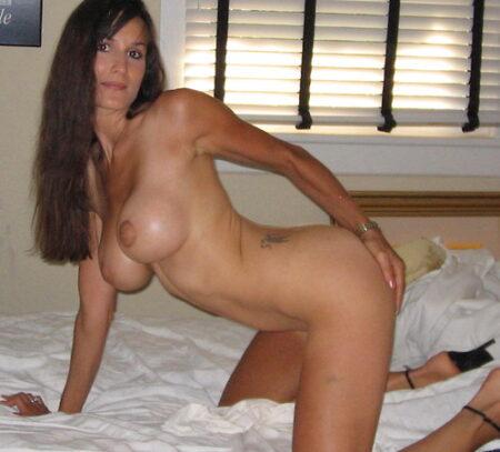 Wiktoria je me suis inscrite sur ce site de chat sexy car je veux un vrai homme capable de me prendre dans toutes les positions