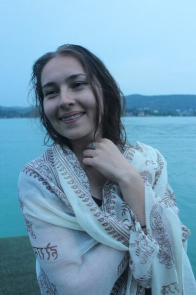 Lili, 20 cherche un plan q