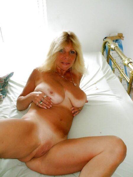 rencontre sexe avec Giulia, amatrice docile a Neuilly-sur-Seine