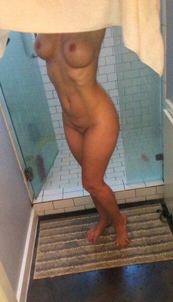 Loane, 40 cherche une rencontre sensuelle